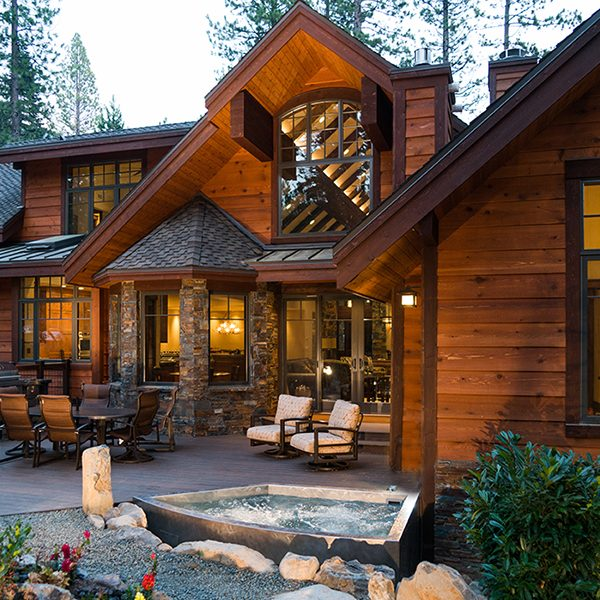 Tahoe Lodge